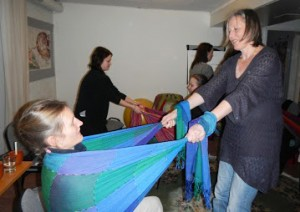 Rebozo as birth support