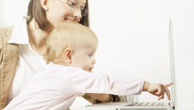 Förlossningsenkätens resultat – kvinnor vill känna sin barnmorska!